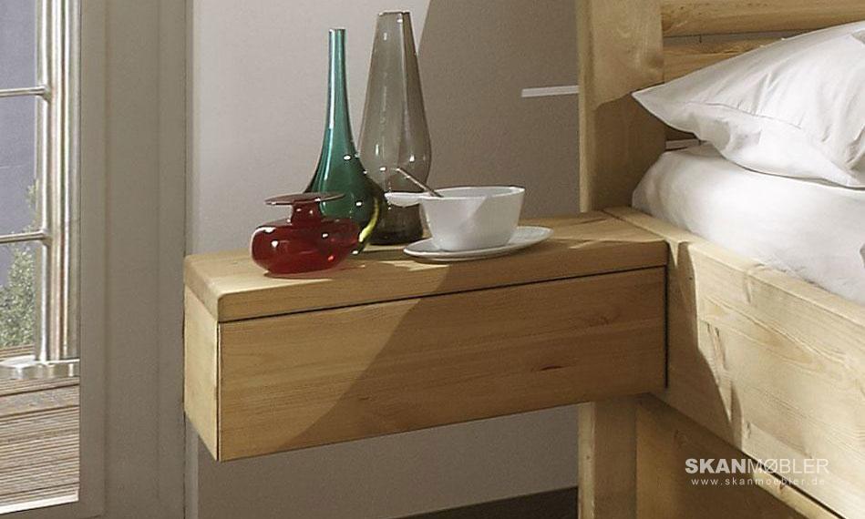 greta nako nachtisch kiefer massiv von pinus g nstig. Black Bedroom Furniture Sets. Home Design Ideas